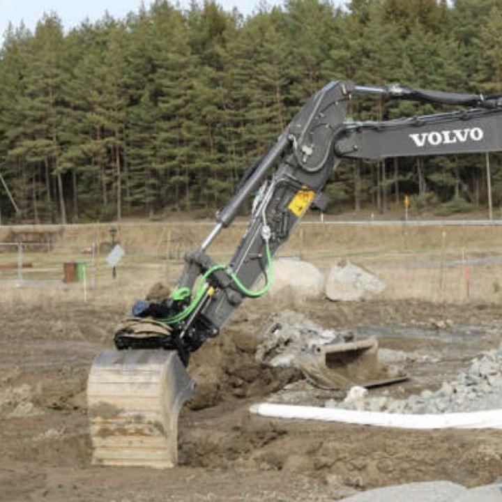 Ascolta la news: Partnership tra Steelwrist e Volvo CE rafforzata con il lancio degli attacchi rapidi SQ Auto Connect montati in fabbrica