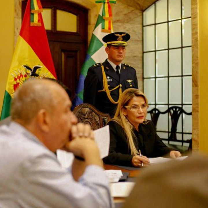 Bolivia ratifica salvoconducto a México para dos ex funcionarios