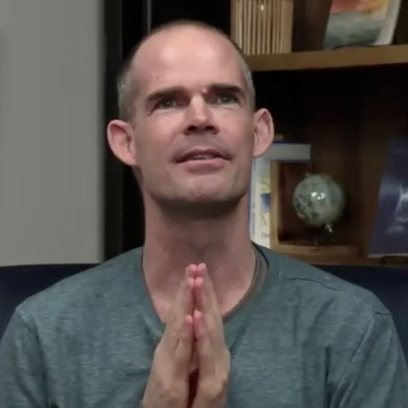 """""""Mastery Through Love—The Relinquishment of Fear"""" Online Retreat: Movie Session with Jason"""