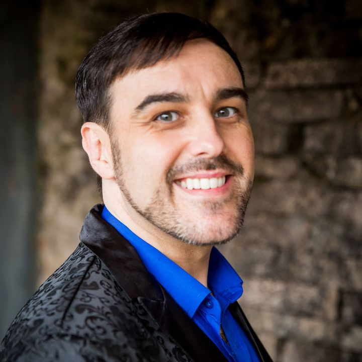 MARK STEPHEN POOLER - Professional Speaker Coach on Using The Power of Your Voice and Story to Grow Your Business