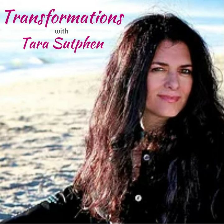 Dr Molly Ann, an intuitive healer, holistic health researcher and psychologist.