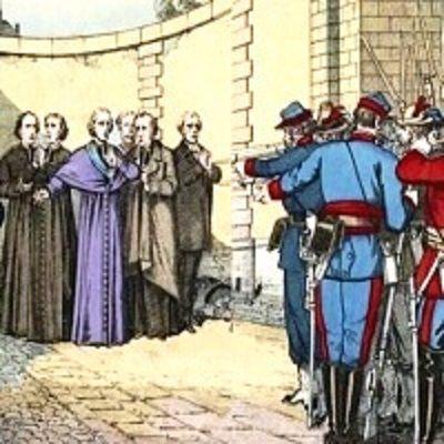 Cattolici presi a sassate e pugni durante una processione