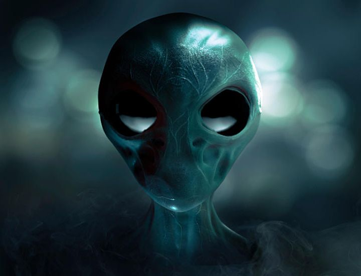 UFO Buster Radio News – 403: Dobbs And Trump Talk UFOs, UFO Proof, and We Don't Care About Alien Life