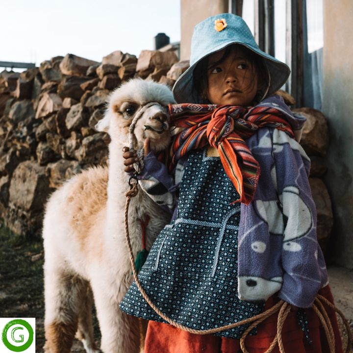 Make A Difference While Traveling, with Cachi
