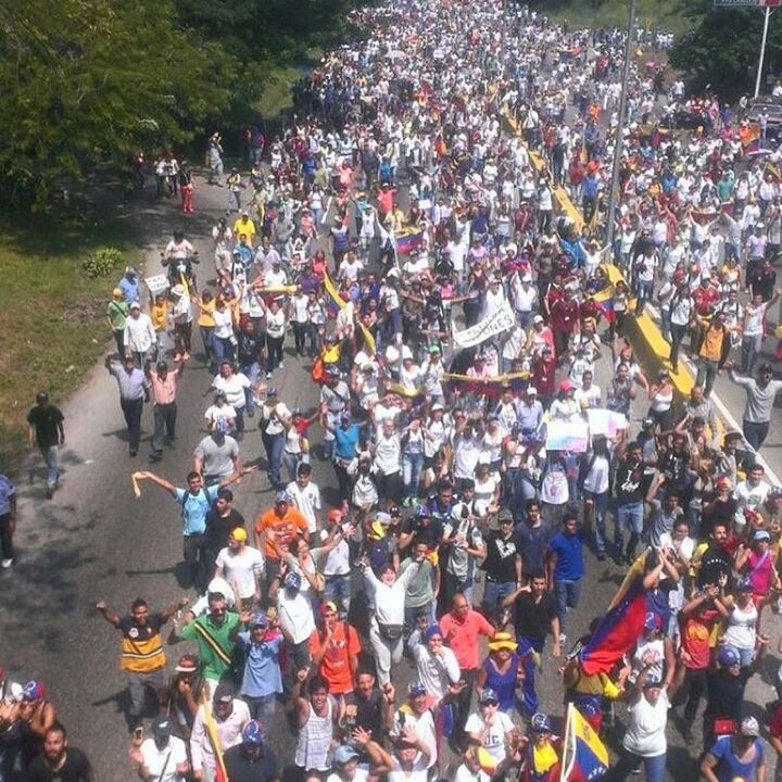 @hcapriles ofrece balance de La #TomaDeVenezuela #26Oct