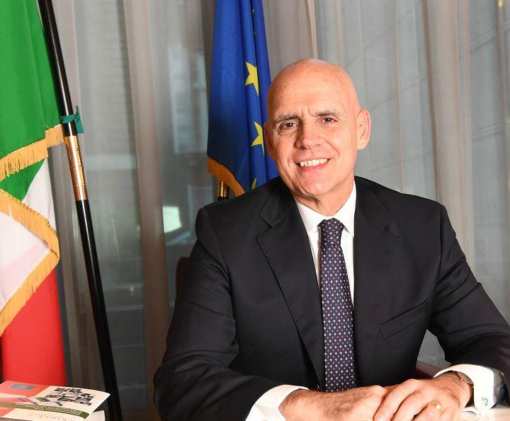 2° Lockdown: L'Ambasciatore Raffaele Trombetta invia un messaggio agli italiani in UK