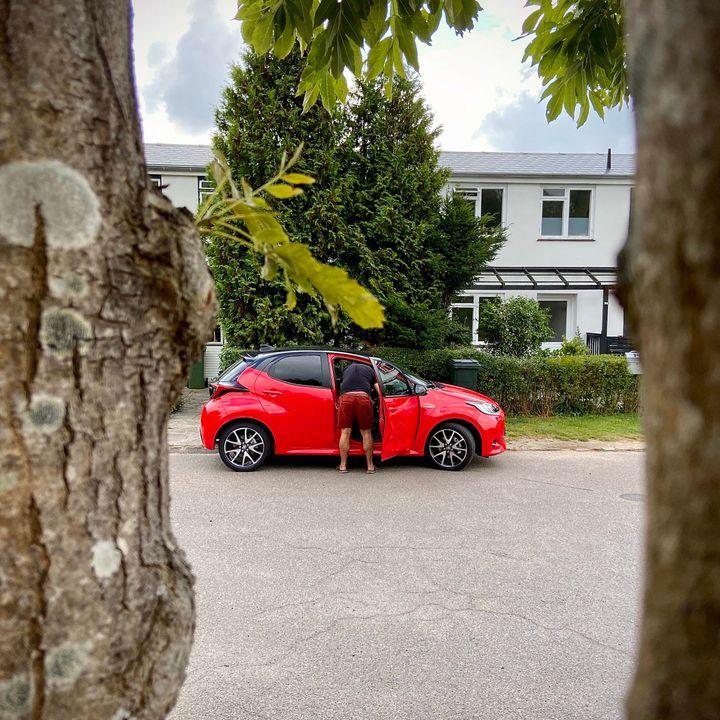 Første VIRKELIGT FEDE Toyota Yaris – med Anders Berner fra Bilbasen