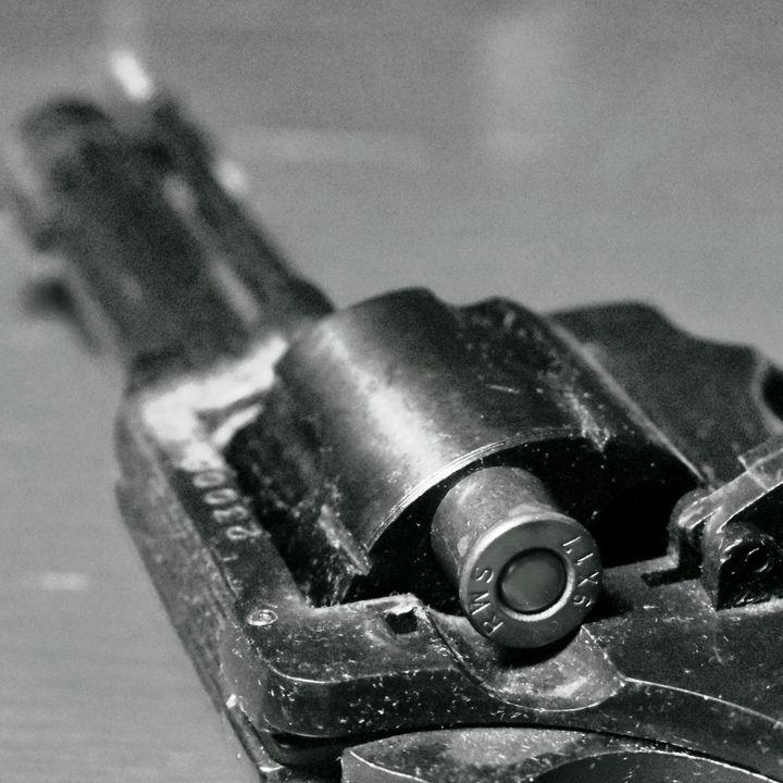23. Nemici, ep04 (La donna che sparò a Mussolini)