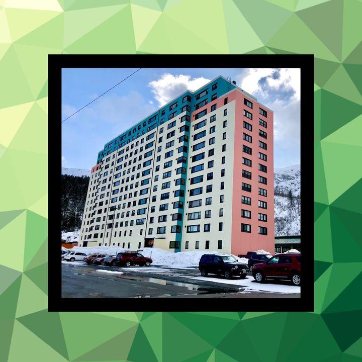 18 - Whittier, el pueblo en un edificio