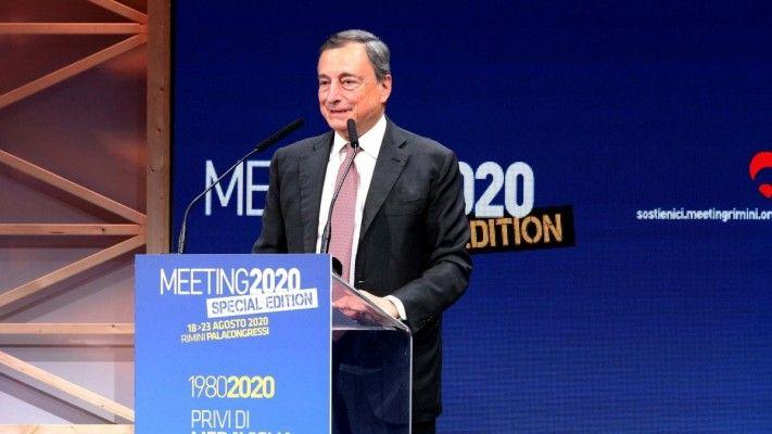 Covid e istruzione, l'allarme di Draghi sul futuro dei giovani. Incognita scuola: Miur contro fake news