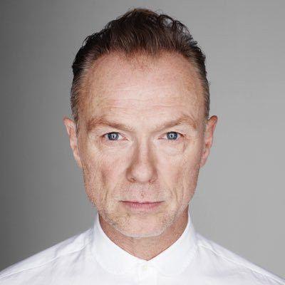 """Parliamo di Gary Kemp, ex chitarrista degli Spandau Ballet e autore di molte canzoni della band inglese, ora uscito con l'album """"In solo""""."""