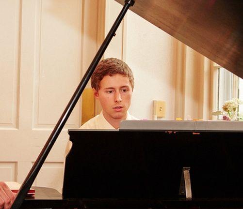 Mike Winters' Piano Studio