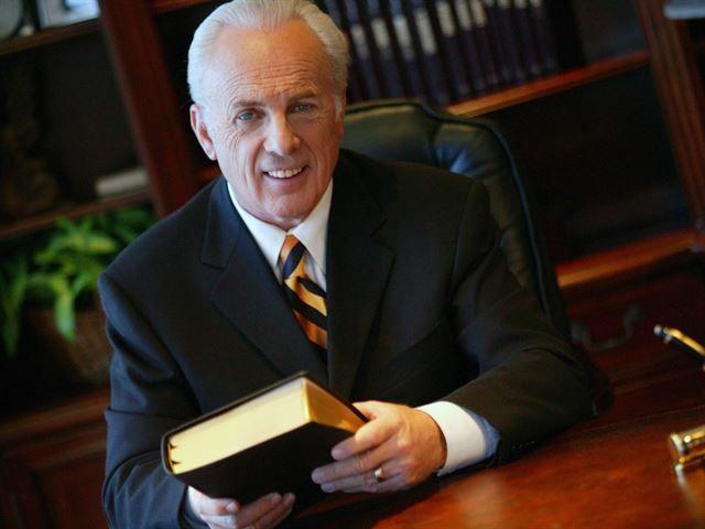 John MacArthur What is the Gospel? Pt 1