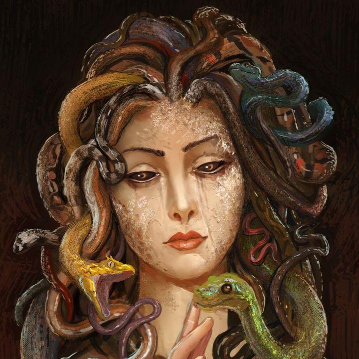 MEDUSA  |  Saçının Binlerce Teli Yılanların Acı Dili
