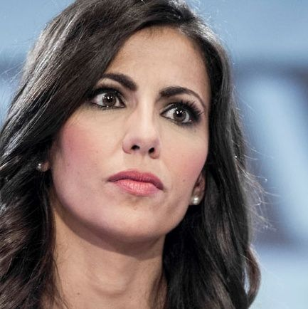 Ana Pastor destapa las mentiras de Zoido sobre el pisito #LaCafeteraElPisitoDeZoido .