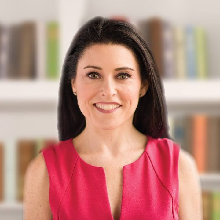 What's an author coach and when do you need one? [Guest: Sara Connell]