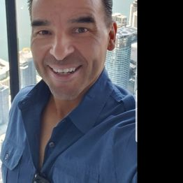 Motivational Speaker Adam C. Duran talks #motivation, #gratitude on #ConversationsLIVE