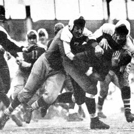 "TGT Presents On This Day: December 9, 1934 NFL Championship Giants beat Bears in the ""Sneakers Game"""
