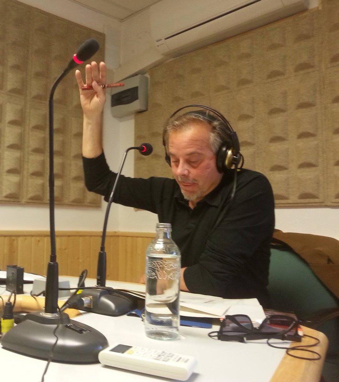 El Fascículo Arqueado - Radio & podcasting - Xavier de Tusalle - Cover Image
