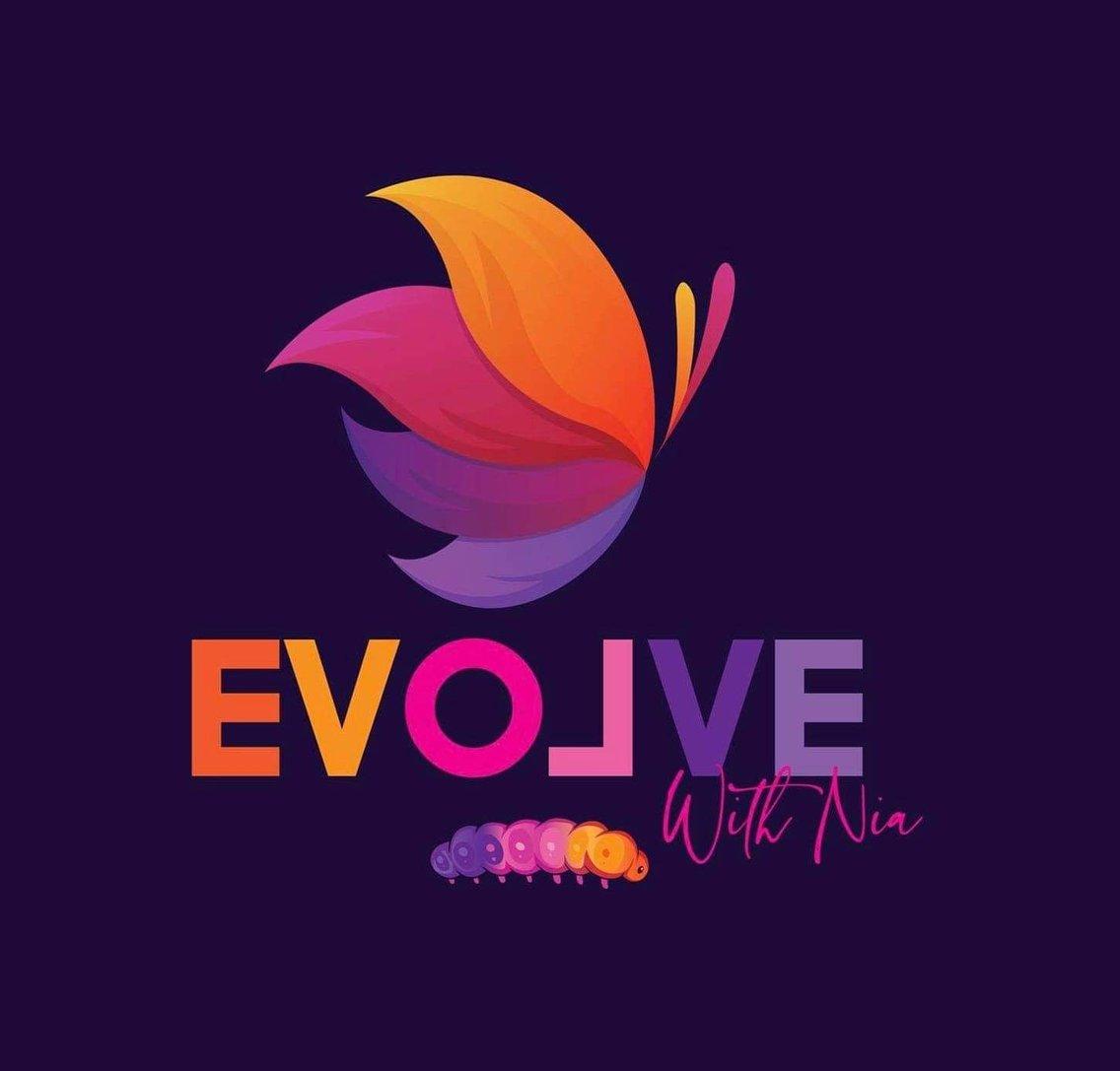 Evolve With Nia - immagine di copertina