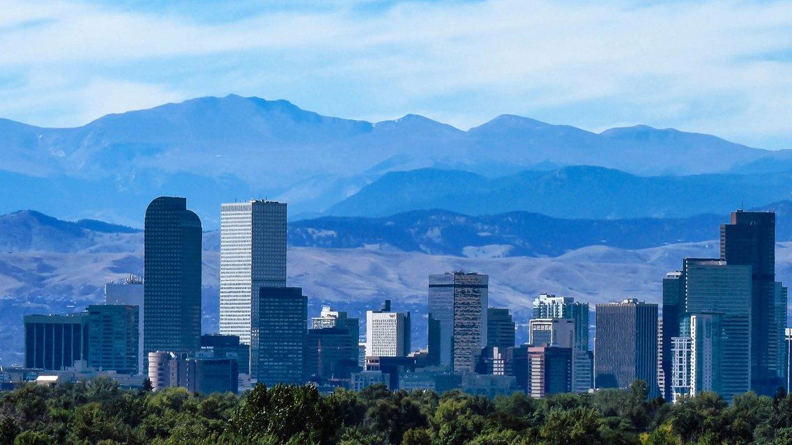 Hockey Mountain High: Your go-to Avalanche Podcast - imagen de portada