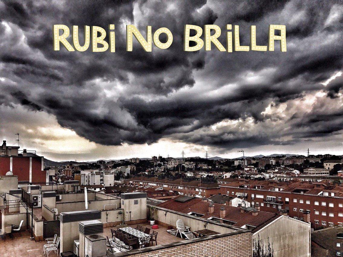 Rubí No Brilla - Cover Image