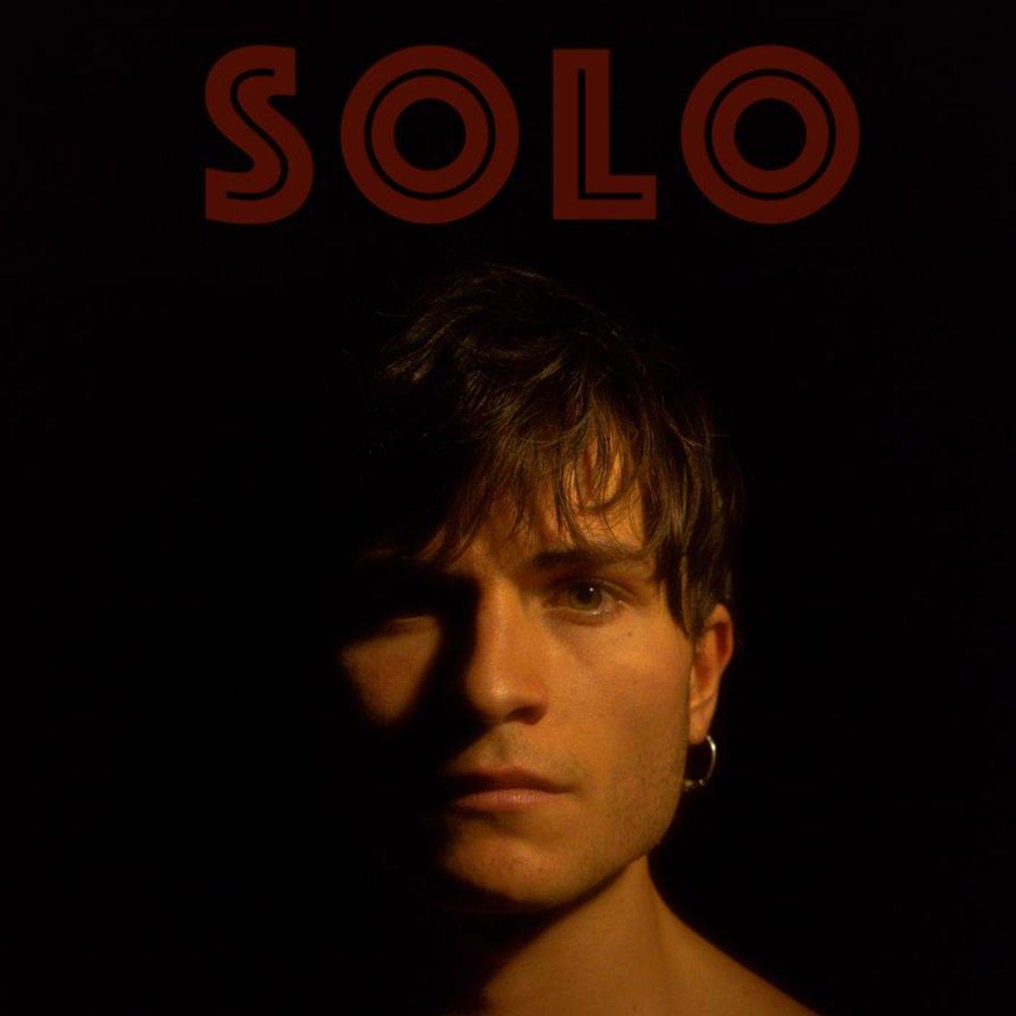 SOLO - immagine di copertina