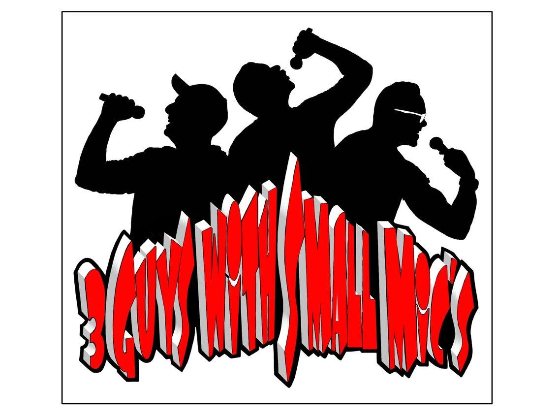 3 Guys with Small Mics Podcast - immagine di copertina