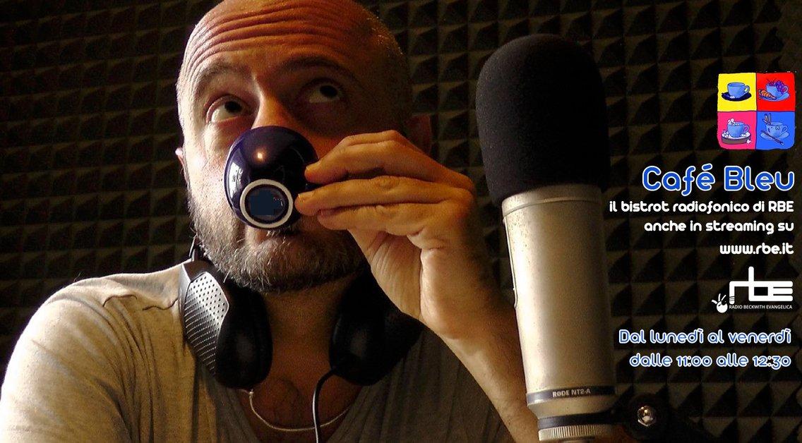 Café Bleu - immagine di copertina