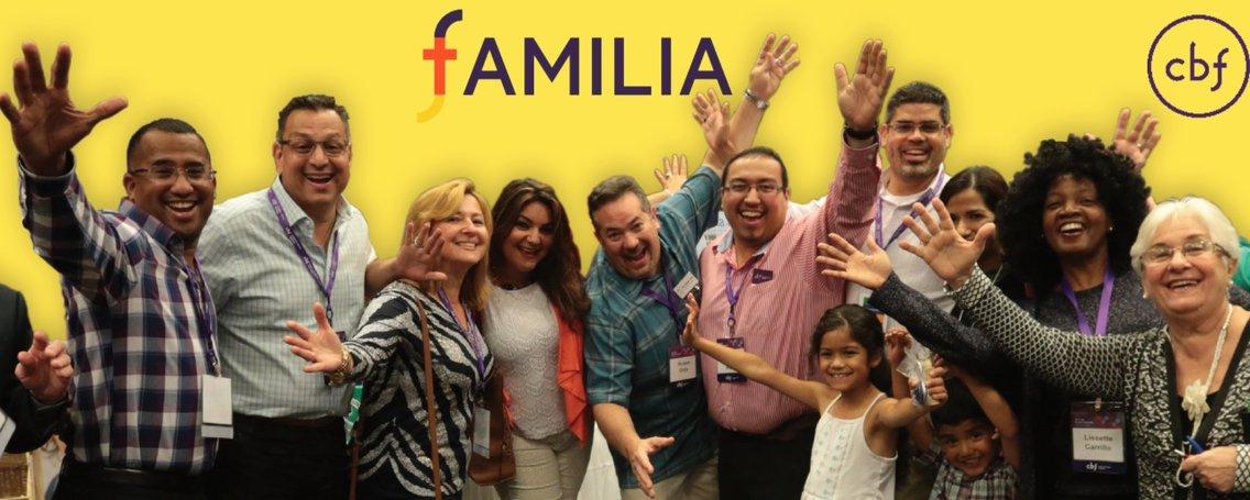 Familia Peregrina - Cover Image