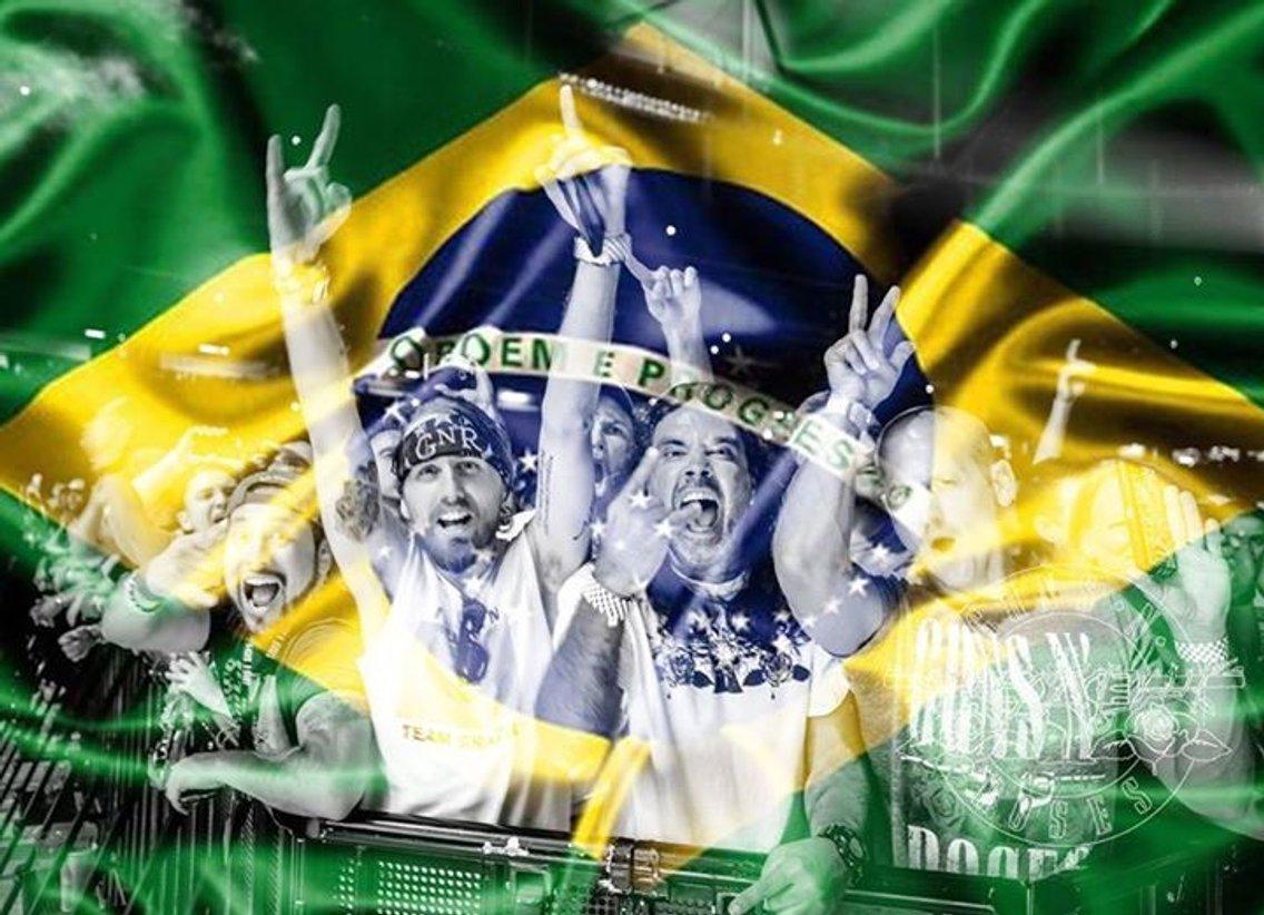 VOZ DO BRASIL - imagen de portada