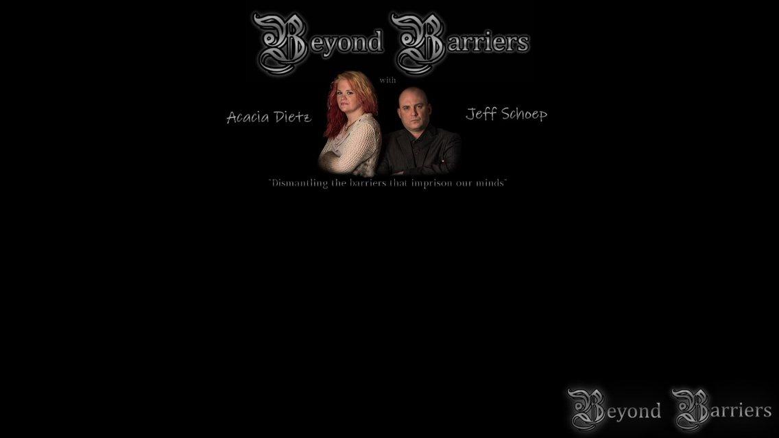 Beyond Barriers Podcast - imagen de portada