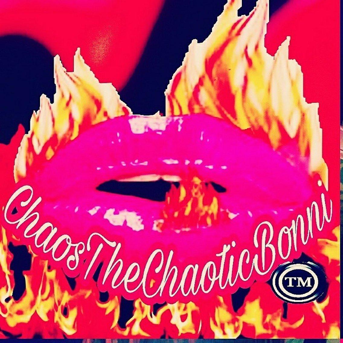 This Crazy World Of Chaos!! - imagen de portada