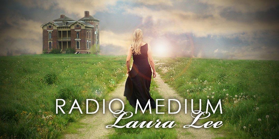 Radio Medium Laura Lee - Cover Image