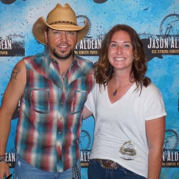 Amanda Jo - Lunch Date with Jason Aldean - Road Plans For 2020 Starting Soon....