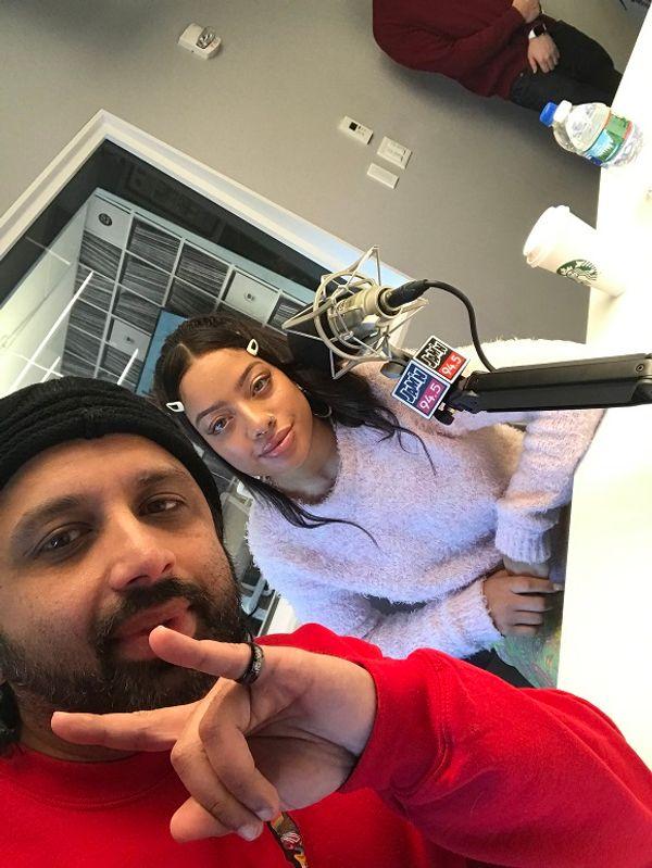 DJ Pup Dawg - Kiana Lede sits in with Dj Pup Dawg
